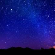 蓝色的夜空